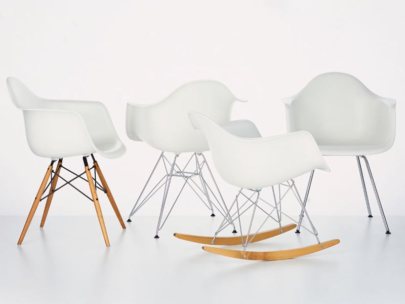 Sedia A Dondolo Rar Eames : Rocking polypropylene chair rar by vitra design charles eames i