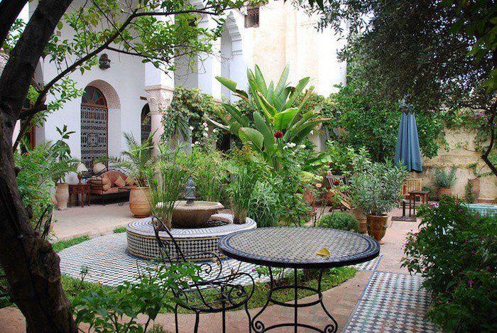 Jardin Mediterraneen 90 Idees Pleines De Soleil Veranda Amenagee