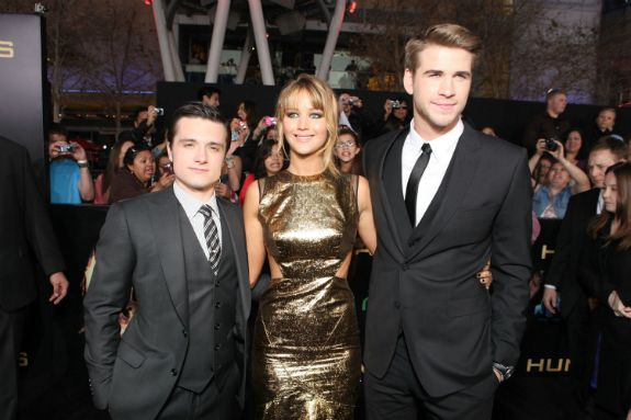 Aaaaaand this is why Liam Hemsworth (right) should have been cast as Peeta in the Hunger Games.