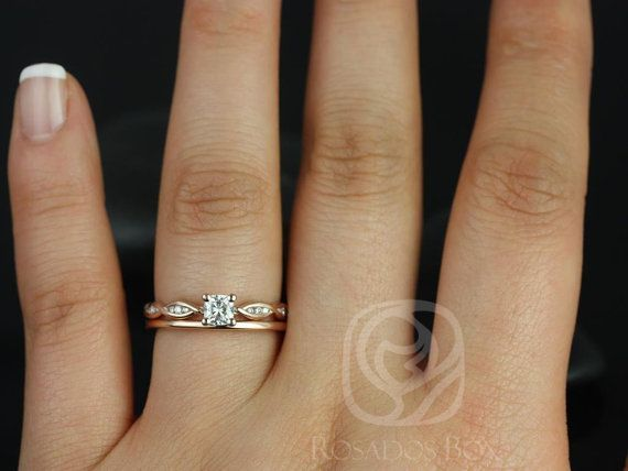 Rosados Box Ember 4mm & Plain Romani 14kt Rose Gold Infinity DNA Twist Cushion Forever One Moissanite Diamonds Wedding Set Rings  #14kt #4mm #accesoriosdeboda #Box #Cushion #Diamonds #DNA #Ember #Gold #infinity #Moissanite #plain #rings #Romani #Rosados #Rose #Set #Twist #Wedding