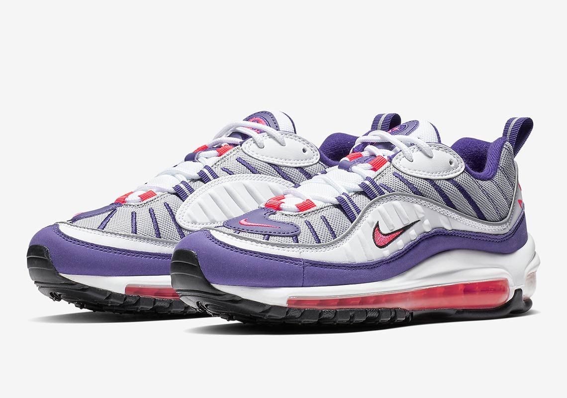 pretty nice 7fd66 109fb The Nike Air Max 98 For Women Gets A Raptors Colorway | Nike ...