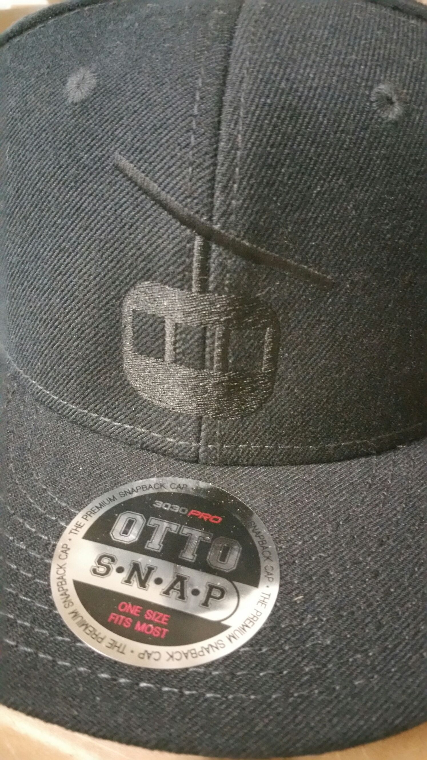 Fresh Tracks Foods & Catering embroidered hat.  #tiktokink #embroidery #blackhat #freshtracksfoods #embroiderycolorado #ottosnap #otto