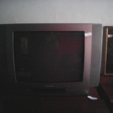 tv-grundig-76x43x55 25€