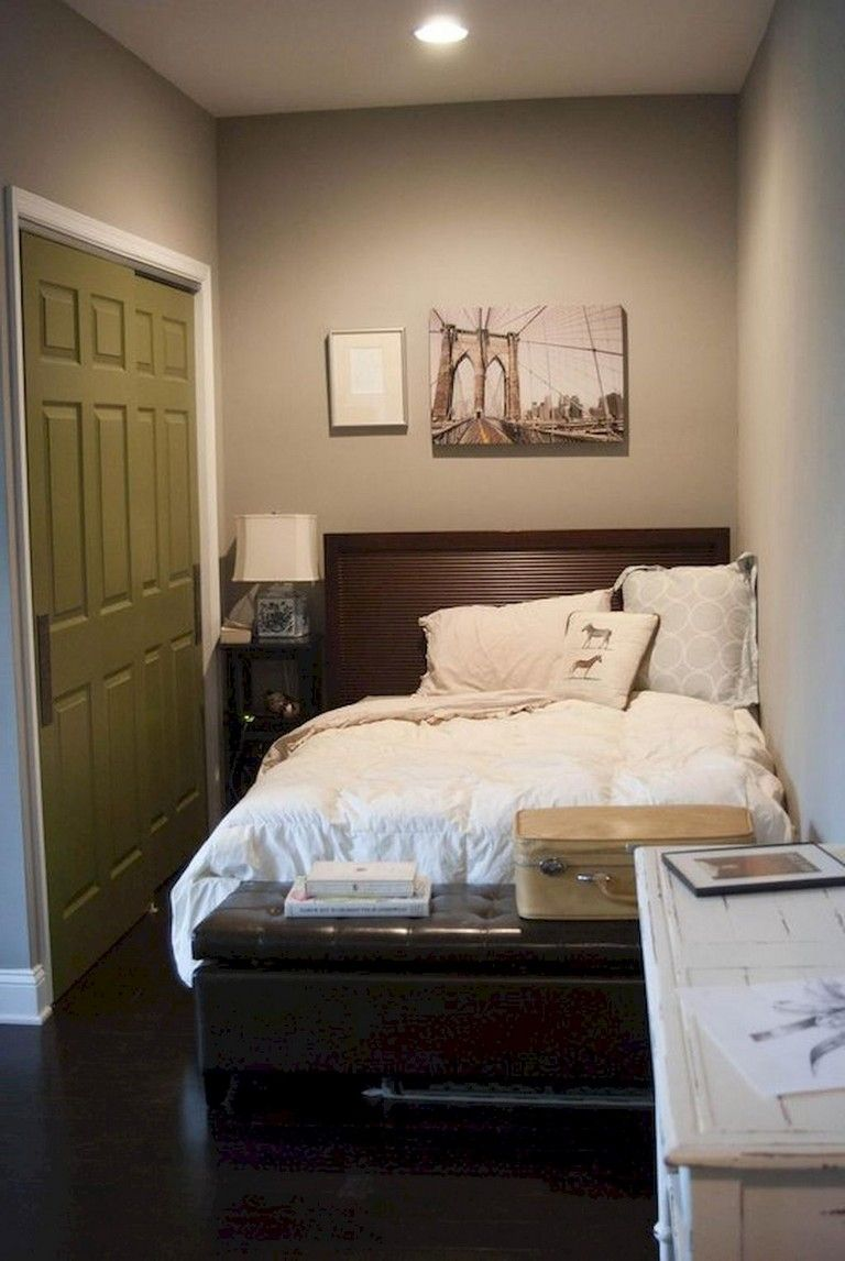 65 Mini Fisrt Apartment Bedroom Decorating Ideas Http Calviendecor Info 65 Mini Fisrt Apartm Creative Bedroom Apartment Bedroom Decor Charming Bedroom Ideas