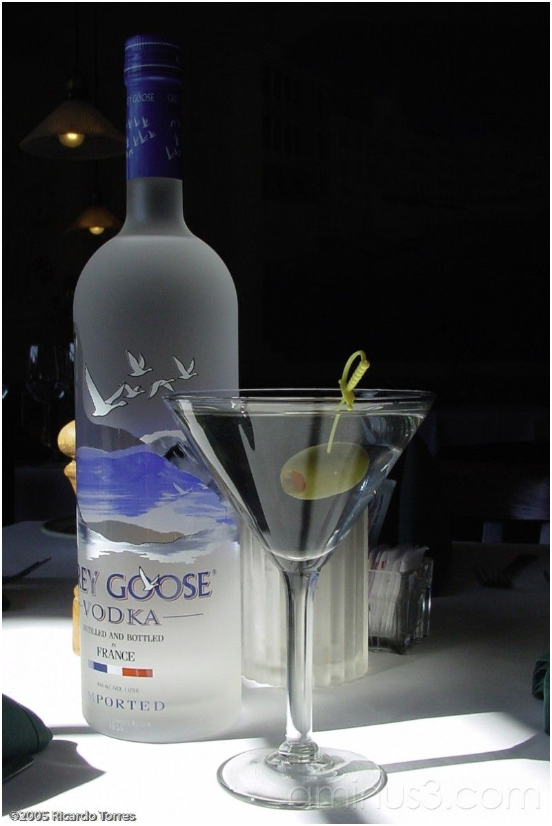 Grey Goose Vodka Martini Serious Drinking W Good Friends