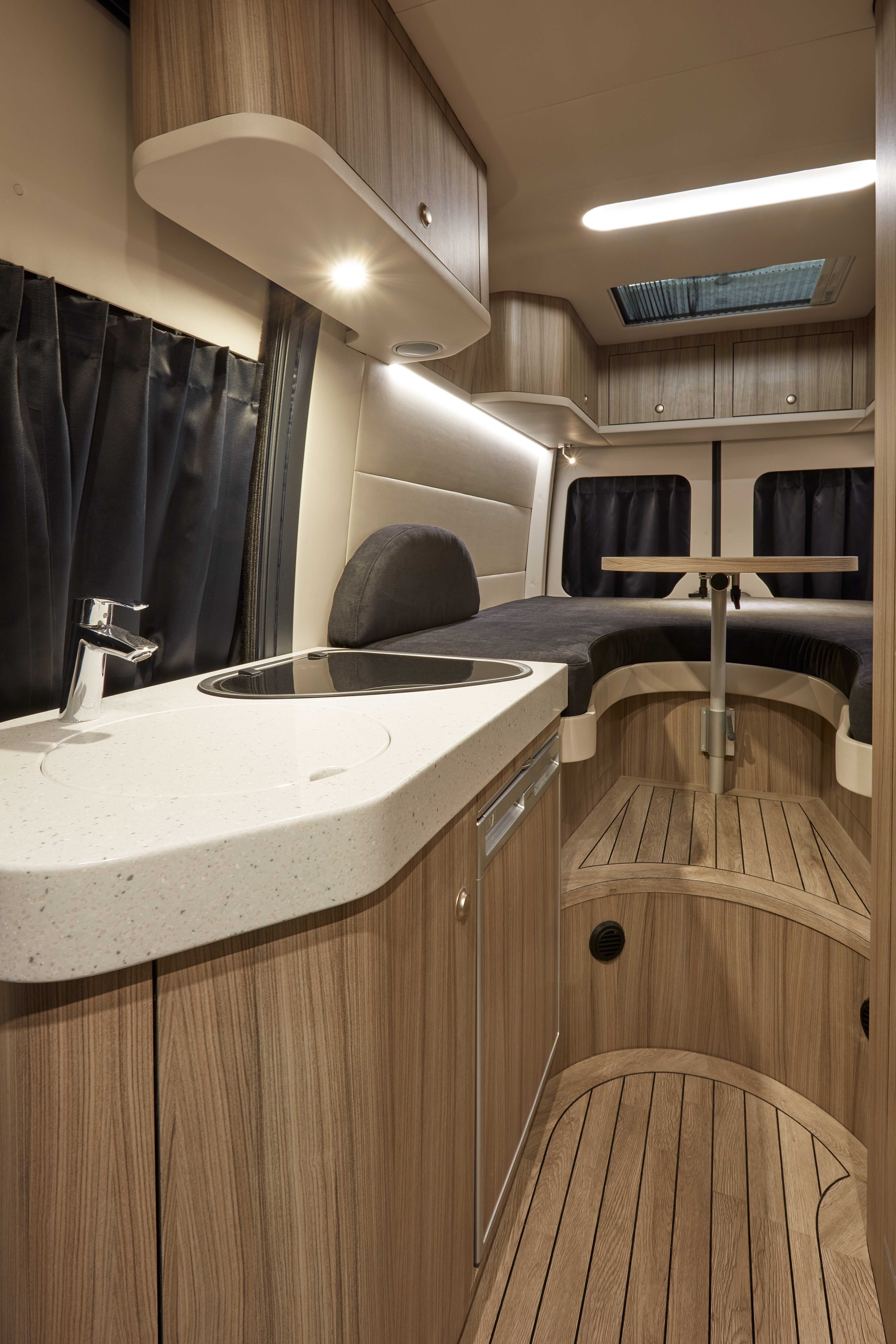 Interieur Buscamper Innova Roadtrip, Interior, Mercedes Sprinter, Modern