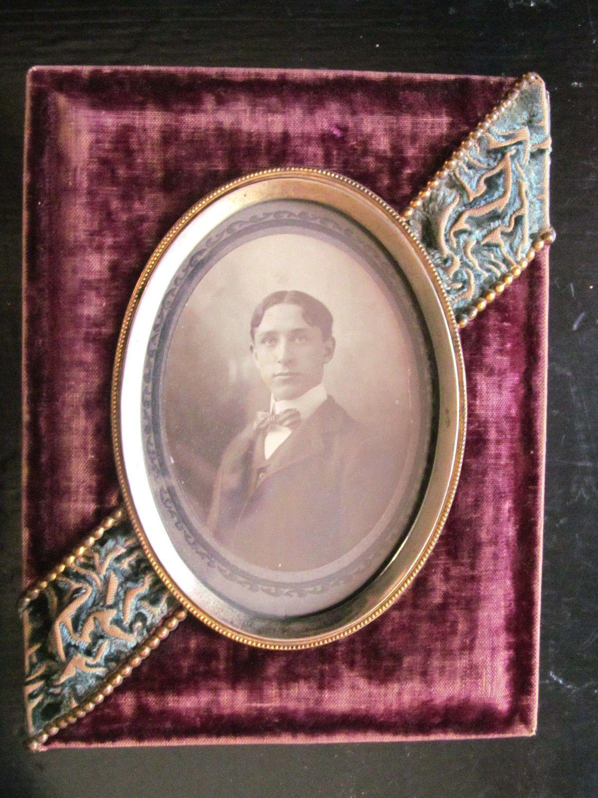 I Love Velvet Frames Antique Picture Frames Victorian Picture Frames Brass Picture Frames