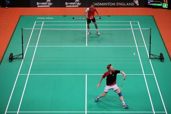 Badminton dating dating ritualer av amerikansk mannlig forfalskning