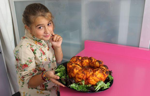 Ciambella di pizza cucinare con i bambini pizza good for Cucinare vegano