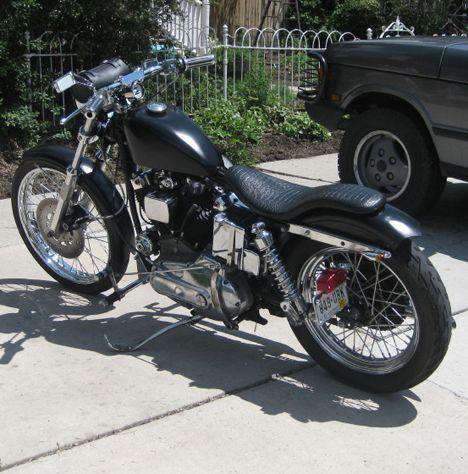1972 Sportster XLH 1000cc Ironhead Harley by Jon. (break