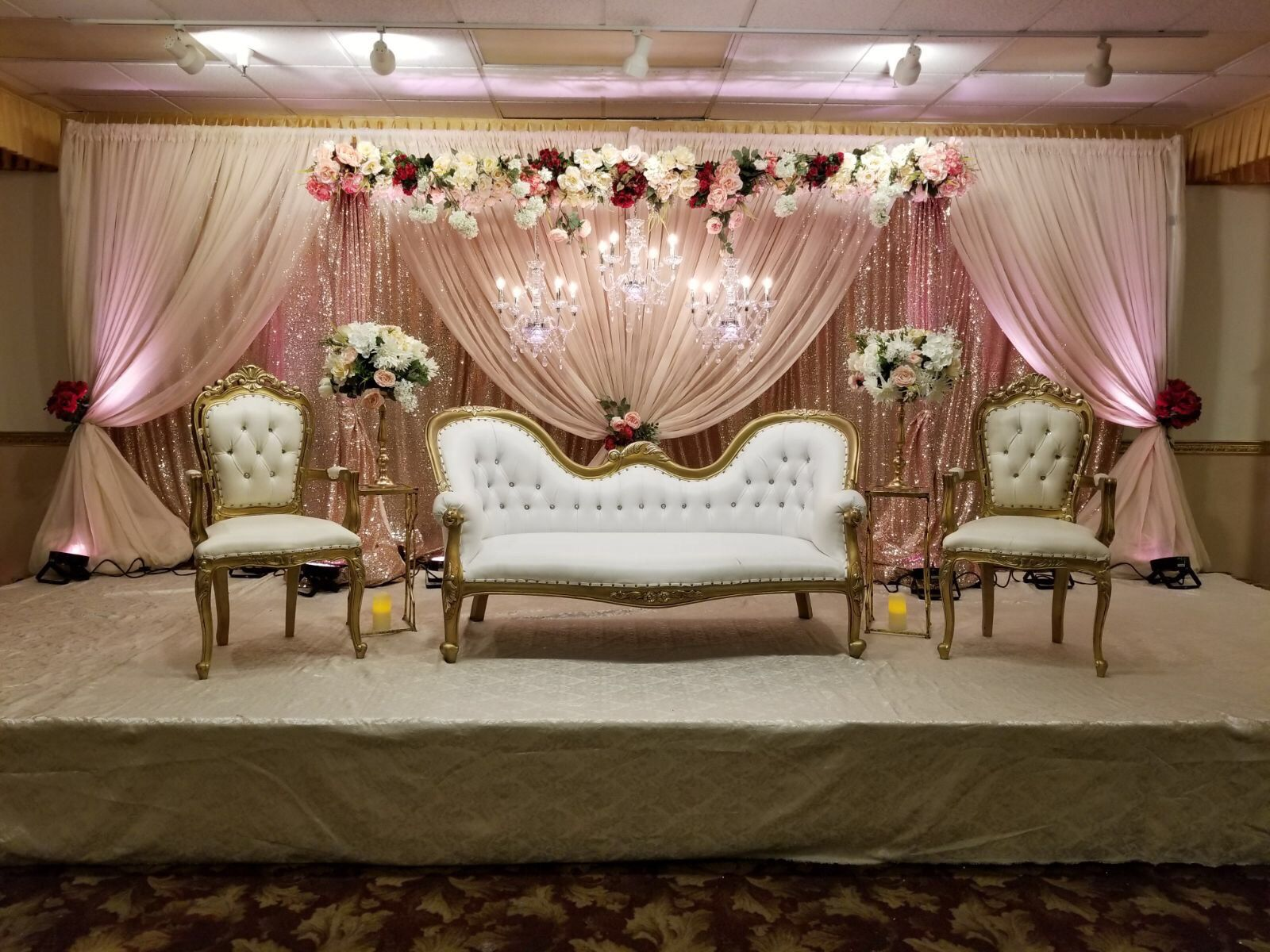 Wedding And Reception Event Decorations Indian Inspired Decorations At Chandini In Newark Ca Luxury Wedding Decor Nikah Decor Hindu Wedding Decorations