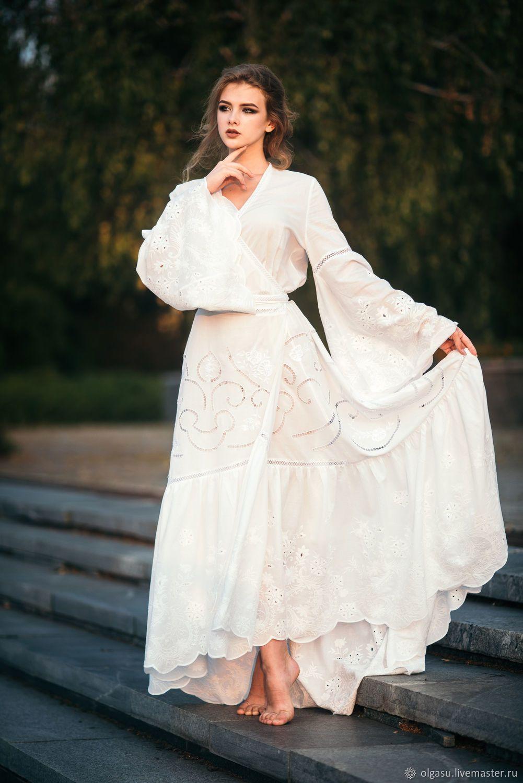 363f56a8cb5 Свадебное платье имеет воздушный силуэт