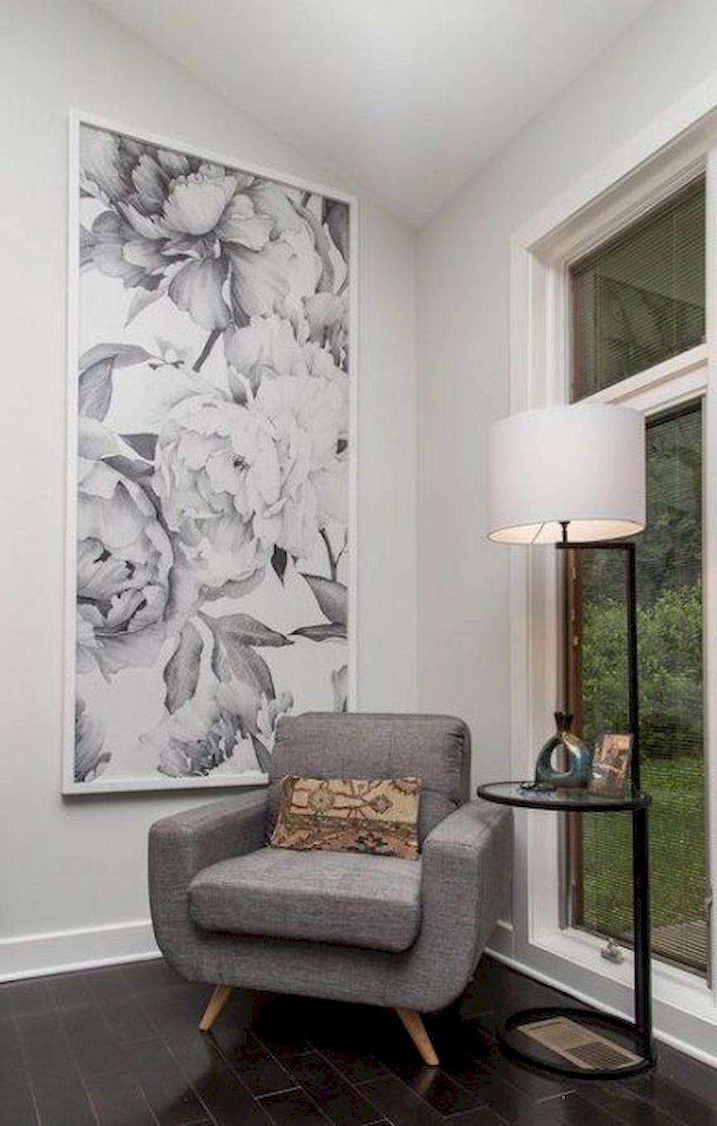 Unbelievable Tips Choosing Murals And Wallpaper Design For Your Home Wallpaper Bedroom Feature Wall Feature Wall Wallpaper Feature Wall Bedroom