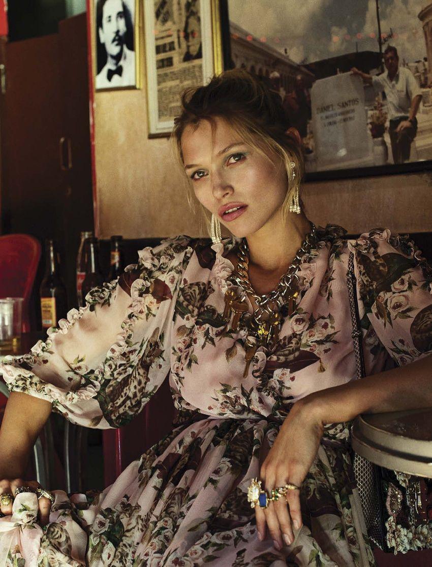 Lucy Hale born June 14, 1989 (age 29),Elena Kampouris Erotic fotos Malaika Firth KEN 2013,Stefania Careddu