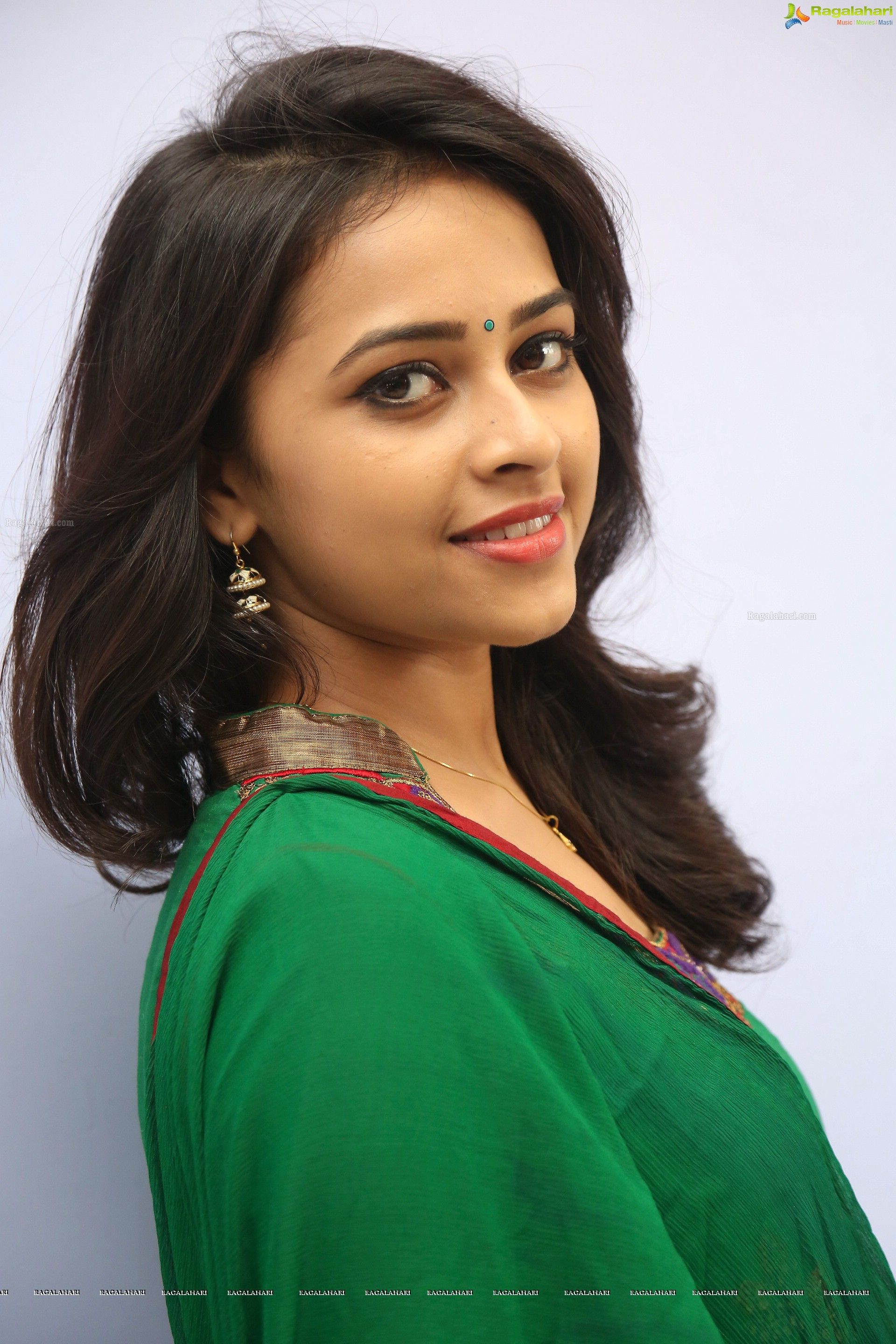 gallery.com boobs photos big Www.sri divya