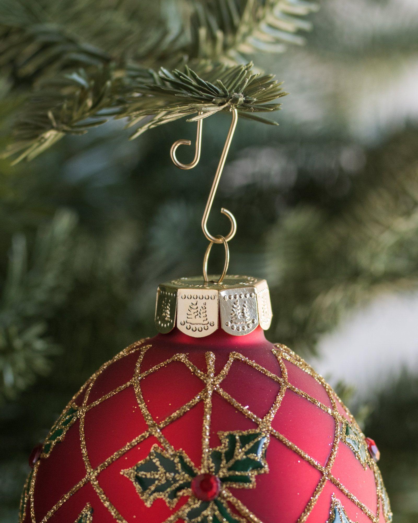 Christmas Ornament Hooks Balsam Hill Christmas Ornament Sets Christmas Ornaments Ornament Hooks