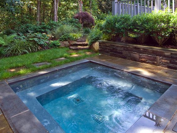 19 Swimming Pool Ideas For A Small Backyard