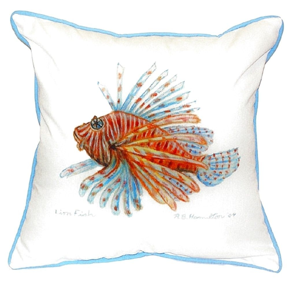 Betsy Drake Lion Fish Guest Towel Small Indoor/ Outdoor Throw Pillow