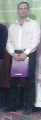 Egy korábbi direkt értékesítő cégem rendezvényén a színpadon állhattam