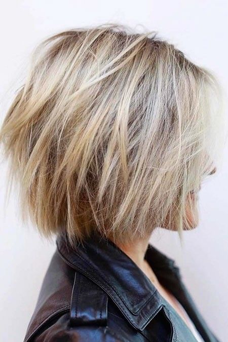 New Short Layered Hairstyles 2018 - The UnderCut #choppybobhaircuts