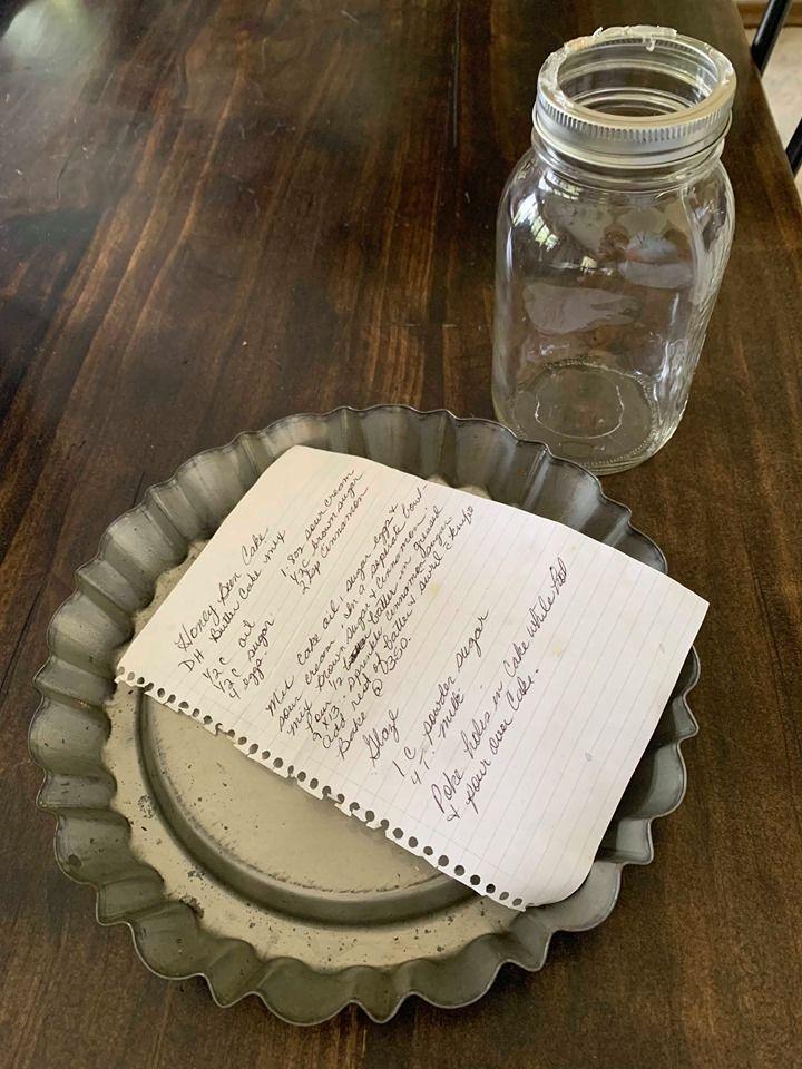 Diy mason jar cake stand cake in a jar mason jar diy