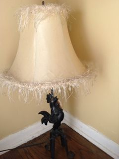 VINTAGE CAST IRON FIGURAL TABLE LAMP WITH BEADED FRINGE LAMPSHADE AND ROOSTER BASE. 24H