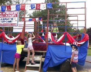 Cheerleaders celebrate freedom