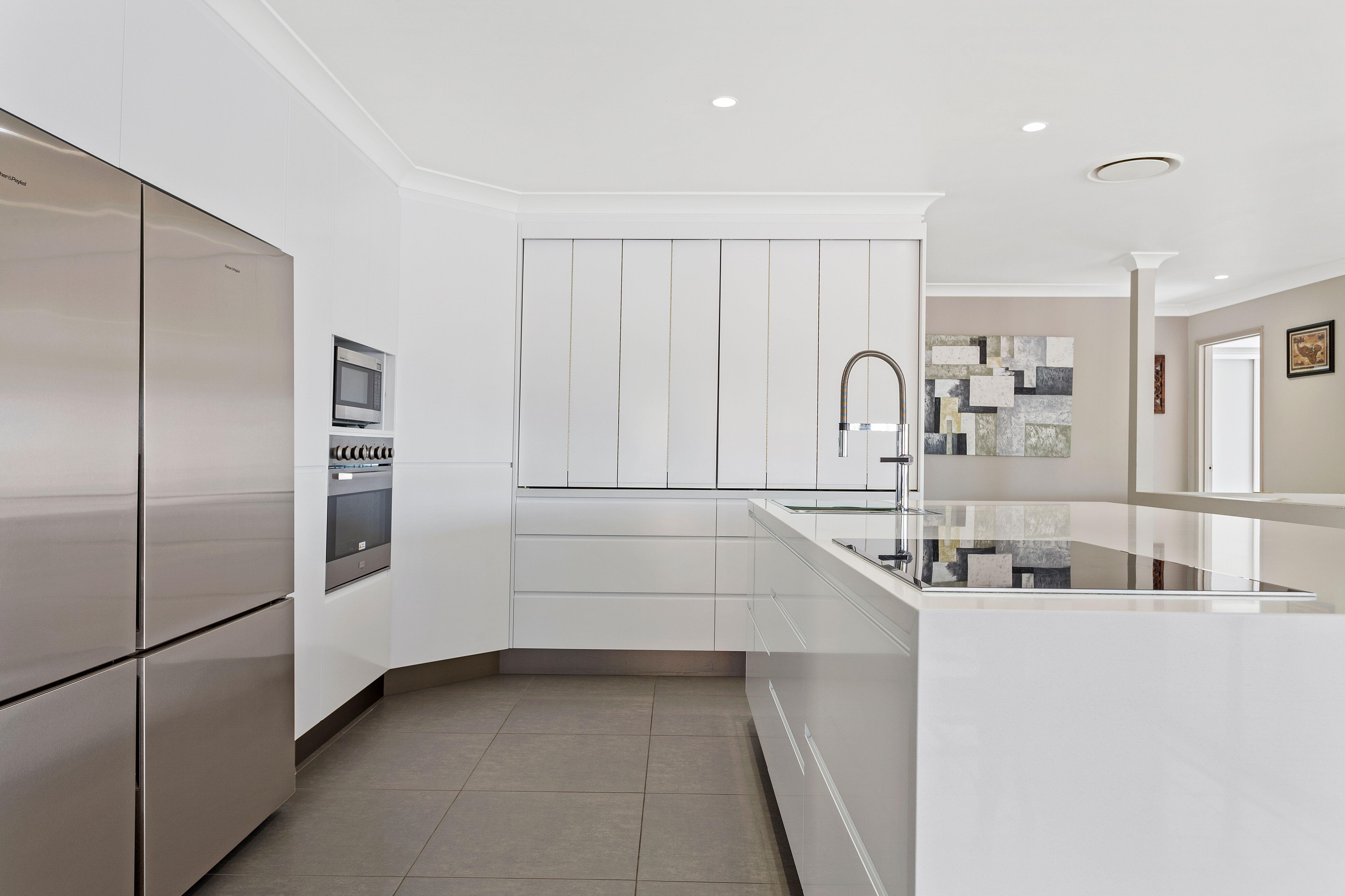 2pak doors, draws & panels in 60% Gloss White ~ J mould handles ...
