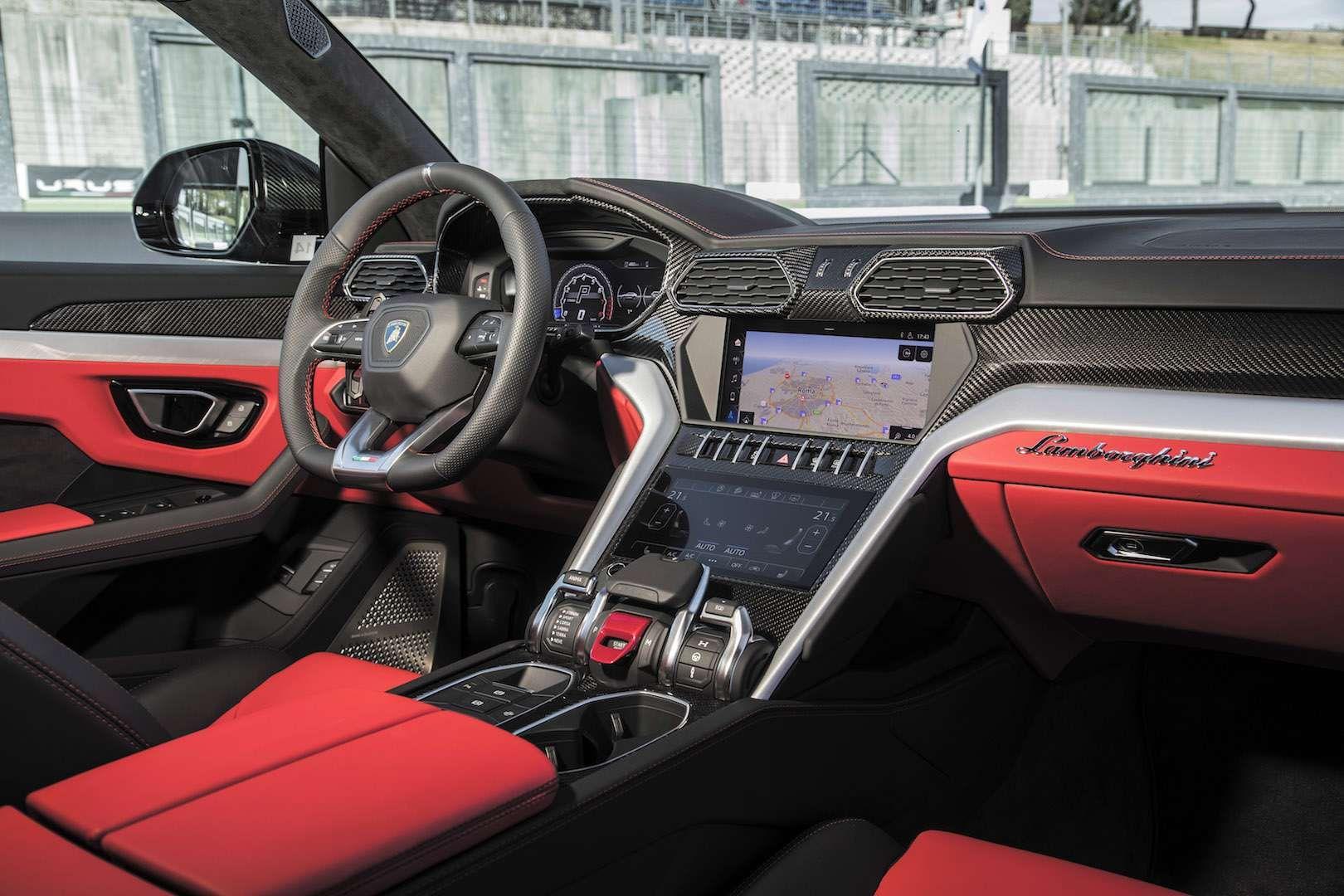Lamborghini Urus First Drive In Italy Lambo Sets A Sizzling