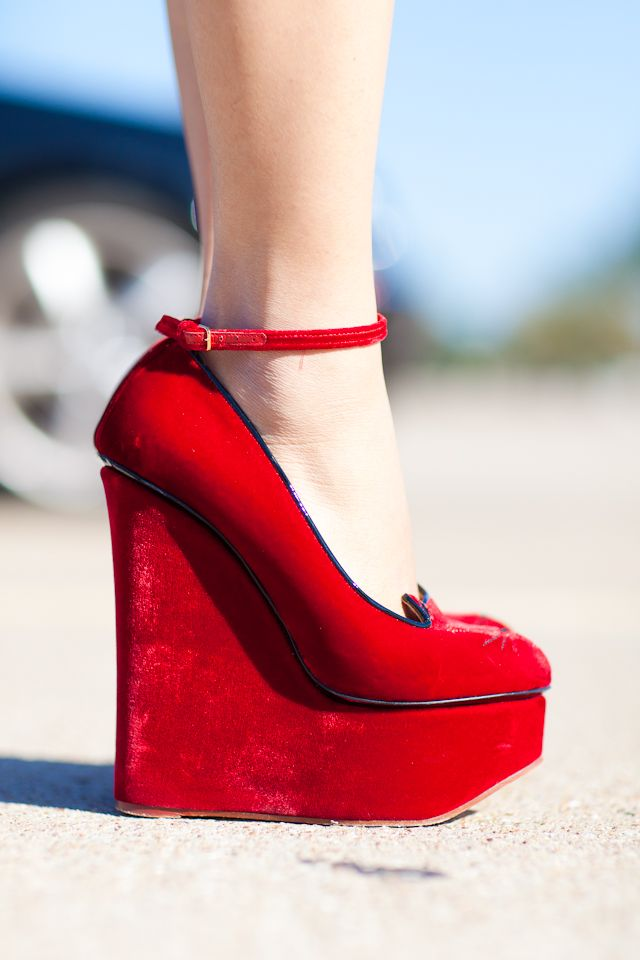 Charlotte Olympia Cat Face Wedges l wantering.com