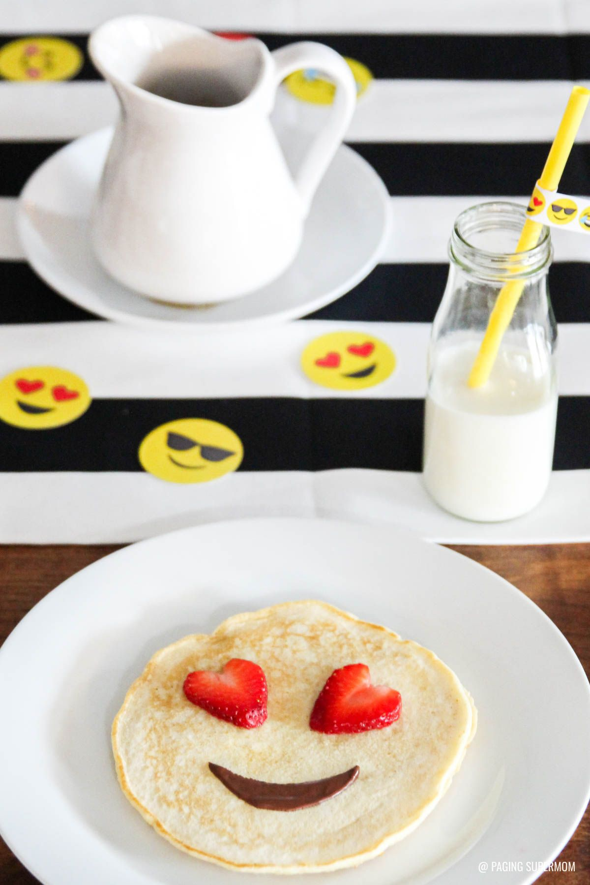Emoji Valentines Breakfast Ideas Get The Printable Emoji Valentine S Kit Valentines Breakfast Emoji Valentines Breakfast For Kids