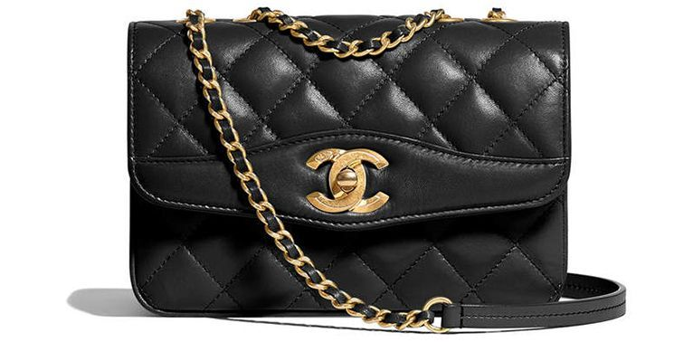 95ee9ae4e1da Our favorite Chanel Coco Vintage Bag from the Cruise 2018 Collection ...