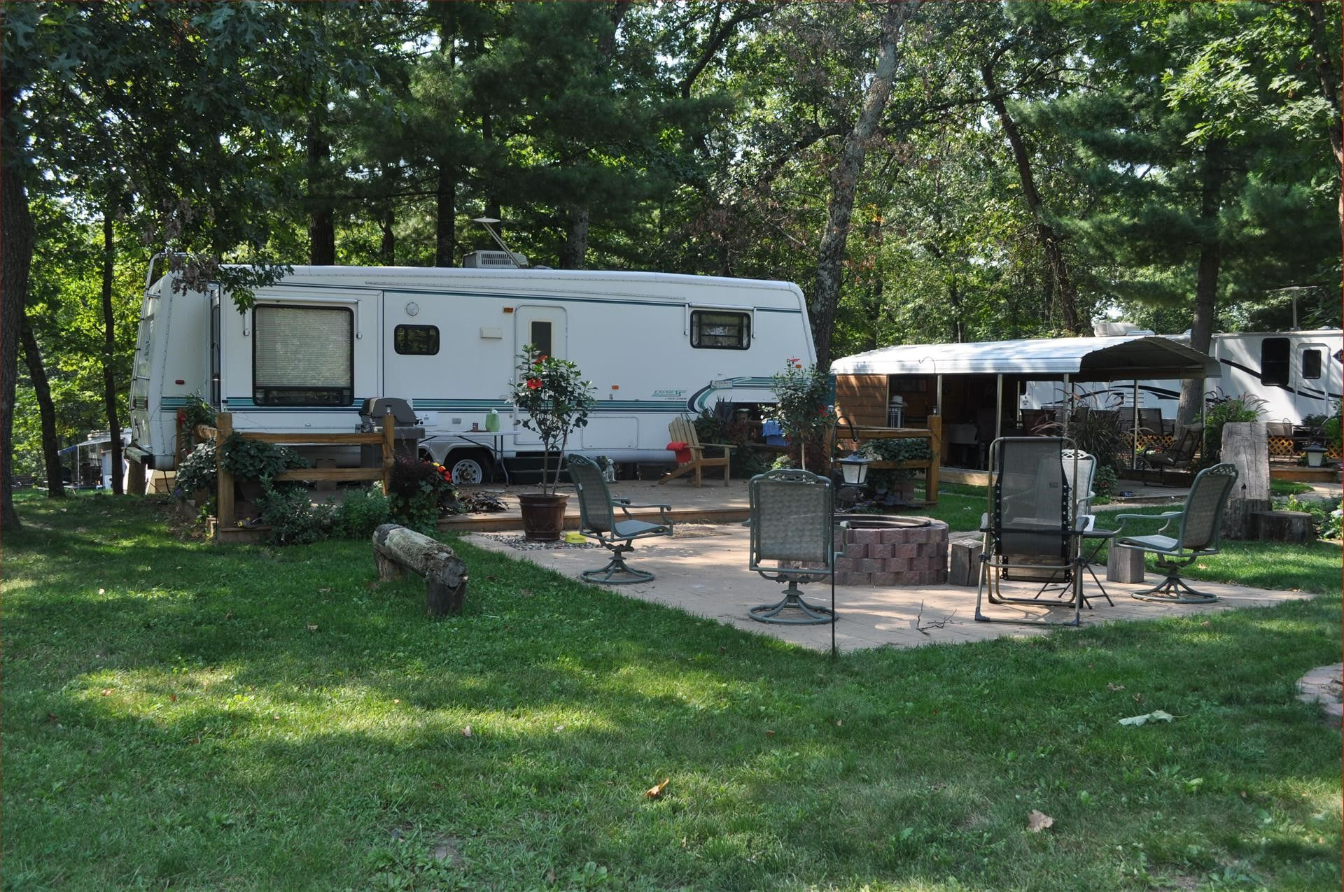 Rv camping campsite camping ideas camper trailers campers mobile home rv living decks boating