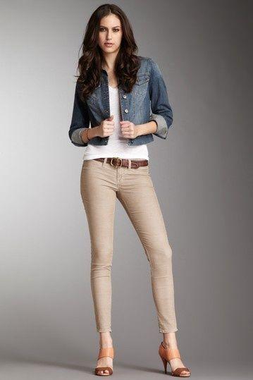 Resultado de imagen para outfit con pantalón beige