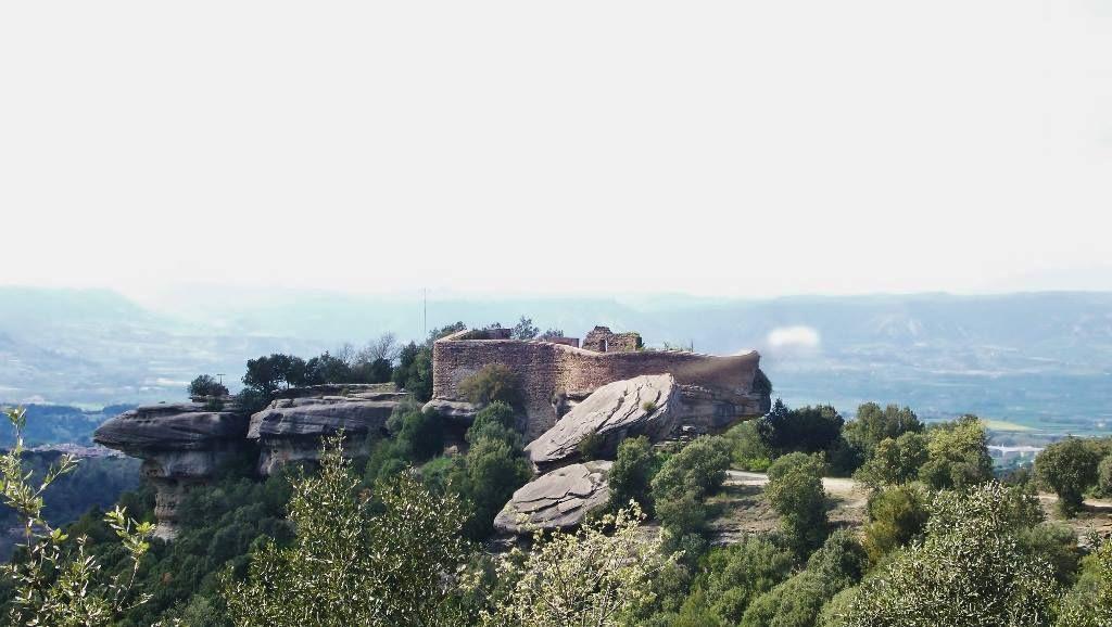 Castillo de Taradell o Castillo de Can Boix en Taradell, Barcelona