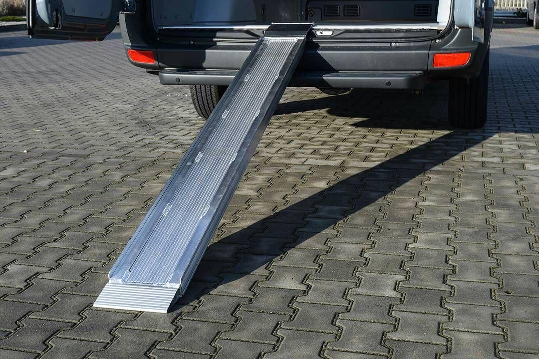 Najazd Do Busa Aluminiowy Zabudowabusa Van Sprinter Cfm