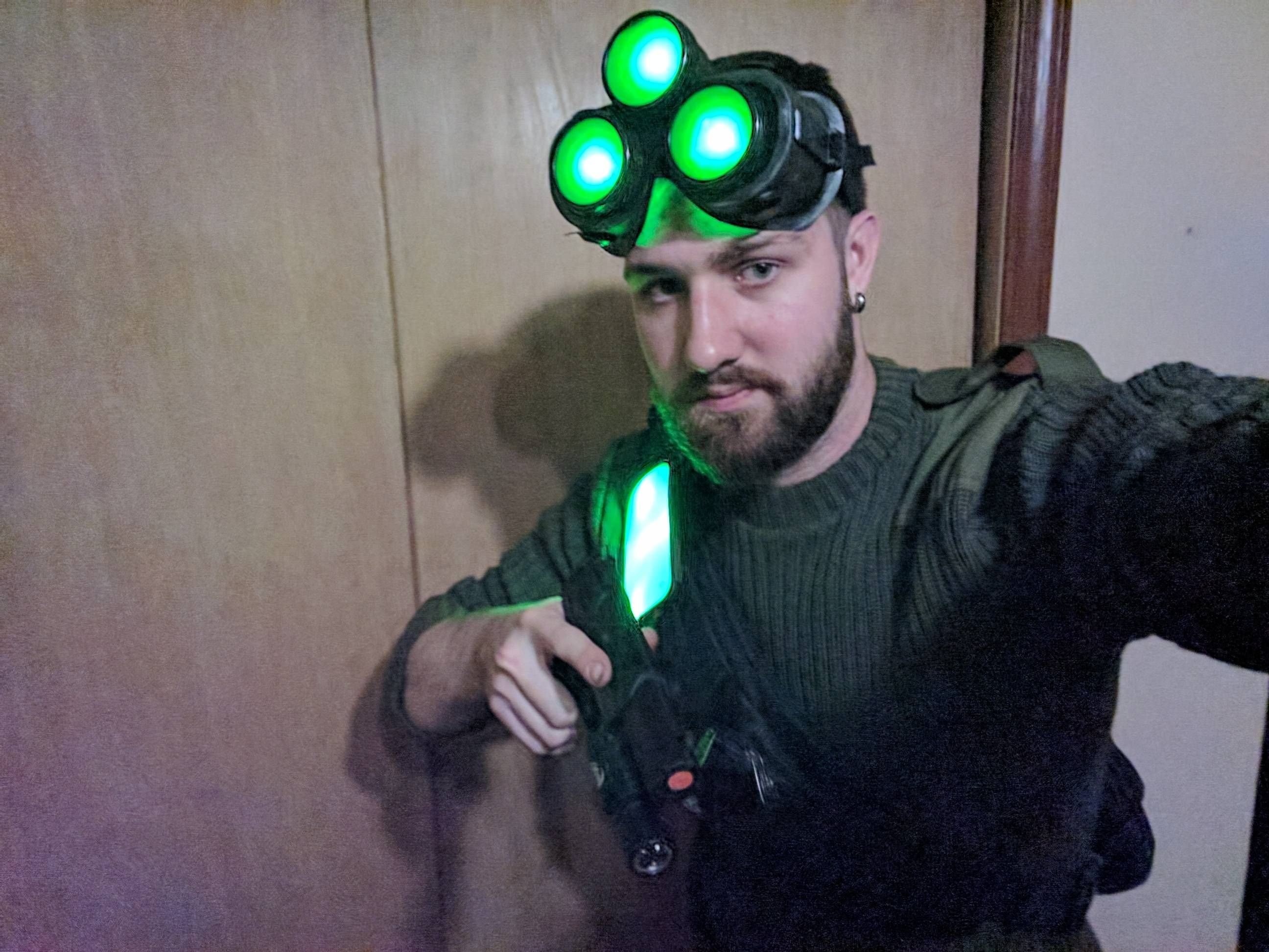 Put together a Splinter Cell: Conviction Sam Fisher ...