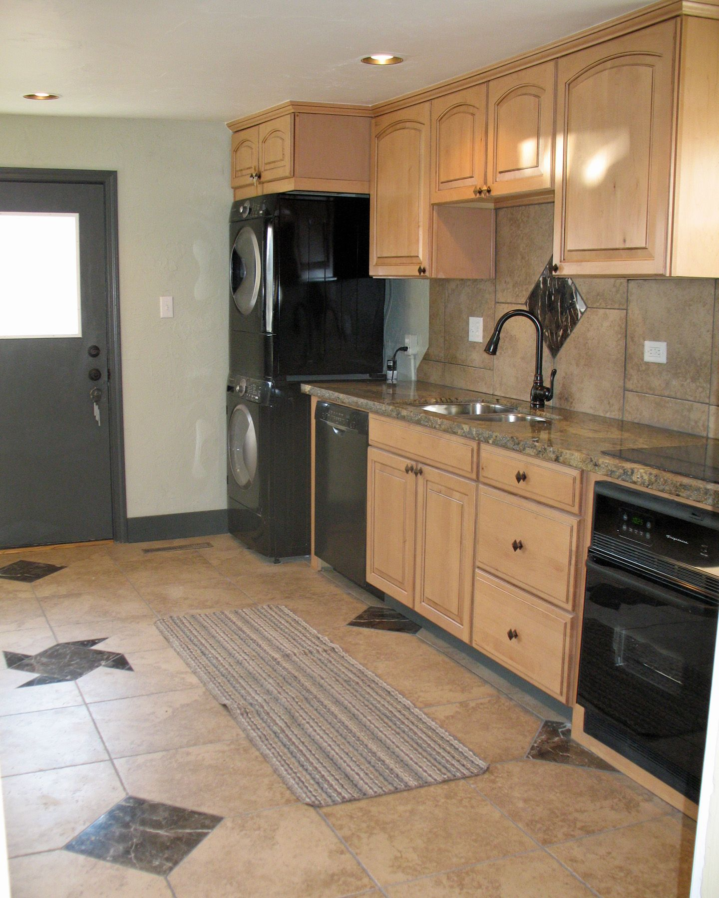 Master bedroom kitchenette  Crafted from an empty room Anthonyus kitchen  Things I do  Pinterest