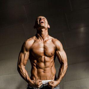 Frank Medrano Calisthenics Fitness Wellness BodyWeightFitness