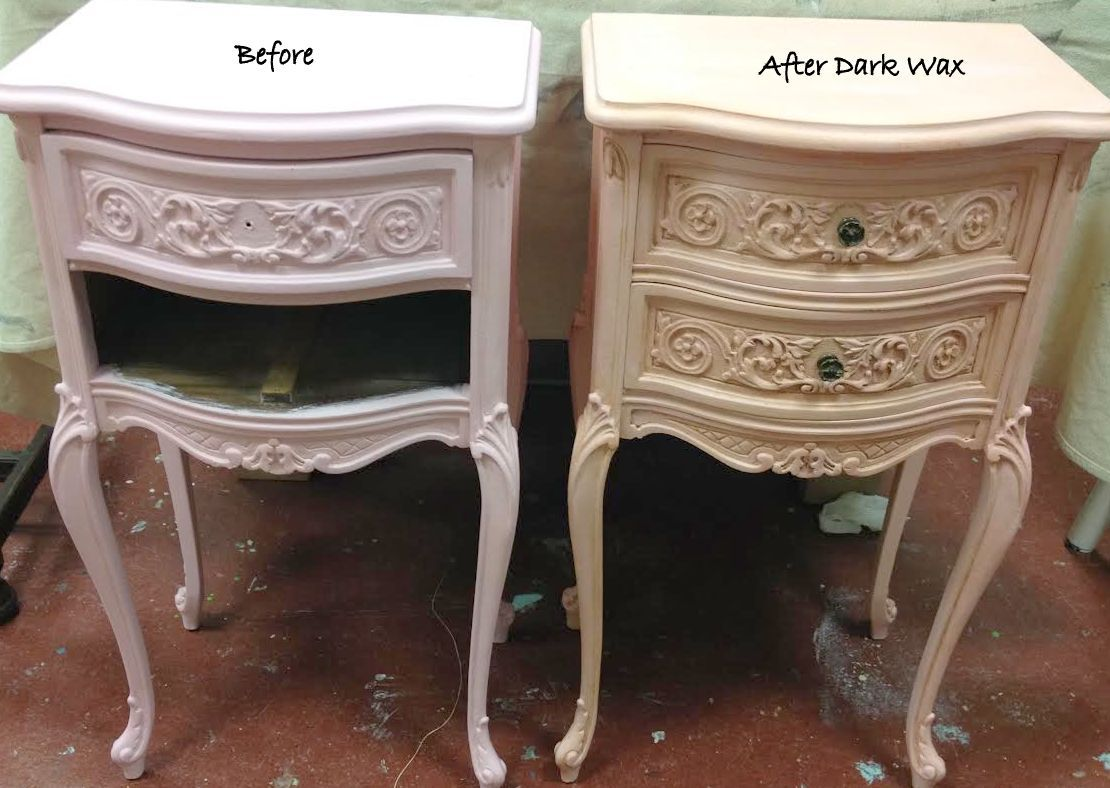 Good Before And After That Shows How A Little Dark Wax Can Deepen The Color Of Chalk Paint And Add Dimension Furniture Dark Wax Chalk Paint Colors