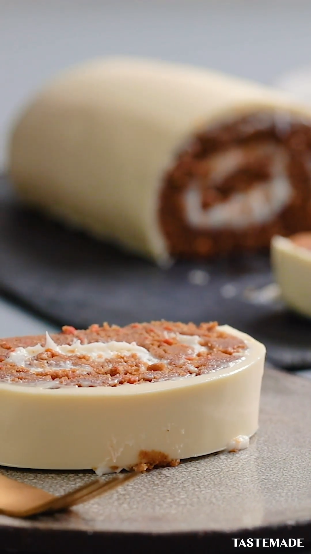 Carrot Cake Roll Food Debate: Is this carrot cake