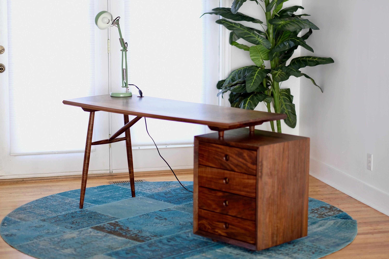 Halverwege De Eeuw Moderne Bureau Executive Bureau Schrijftafel Meubel Ideeen Modern Bureau Schrijftafel