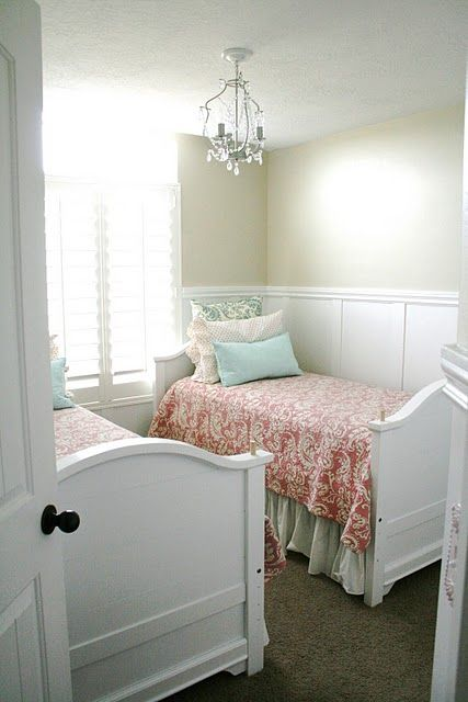 Cute girls room great usage of space for a small room, colors