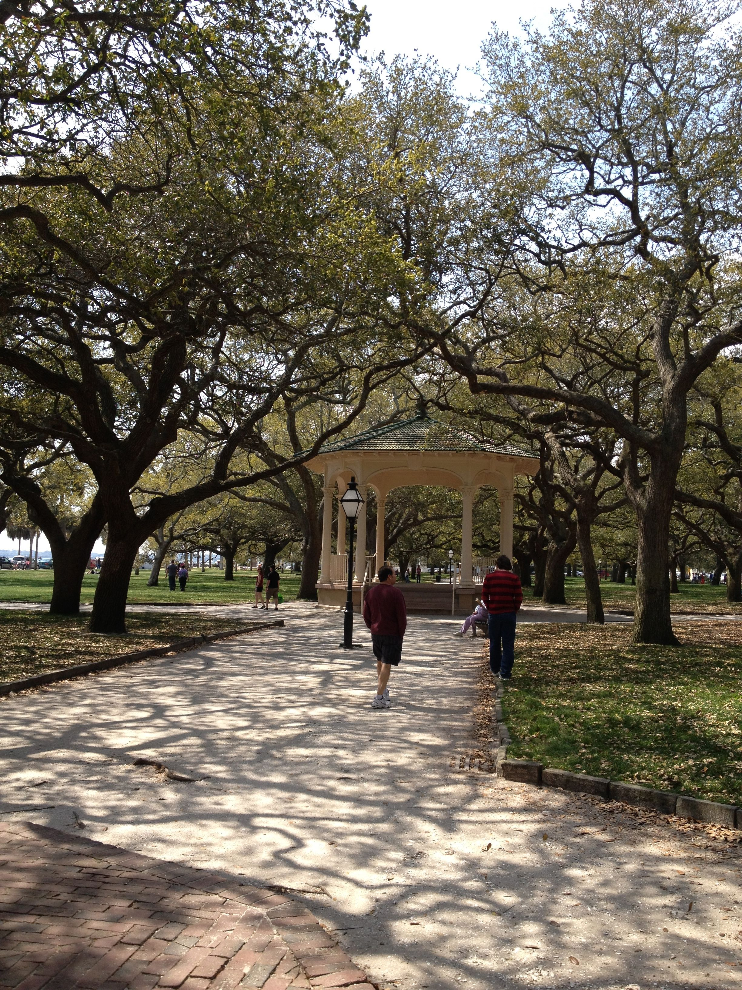 031be3c8f14939a8cec97e0f9dbd6105 - White Point Gardens In Charleston Sc