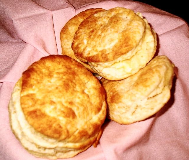 Buttermilk Biscuits Ingredients 3 Cups Self Rising Flour 2 Tlb Sugar 1 Cup Buttermilk Oil Directions Cooking How To Make Breakfast Food