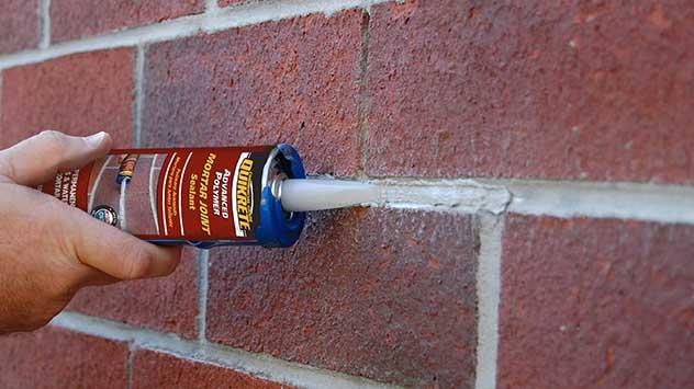 How To Repair Mortar In A Brick Wall Or Chimney Mortar Repair Brick Wall Mortar