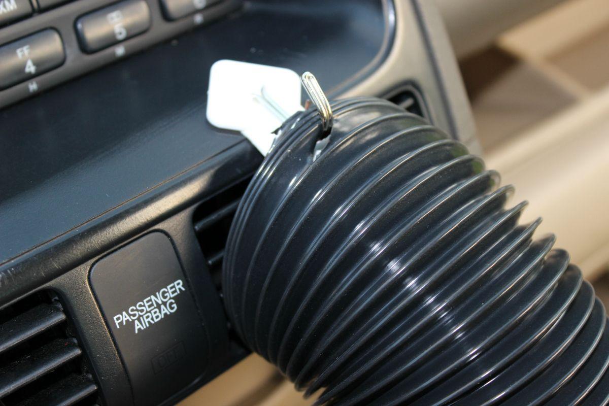 DIY Noogle Keep Kids Cool In The Backseat Diy air