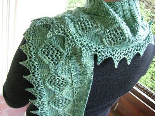 Ravelry: Anemie pattern by Theresia Lew   Knitting: Scarves/Wraps ...