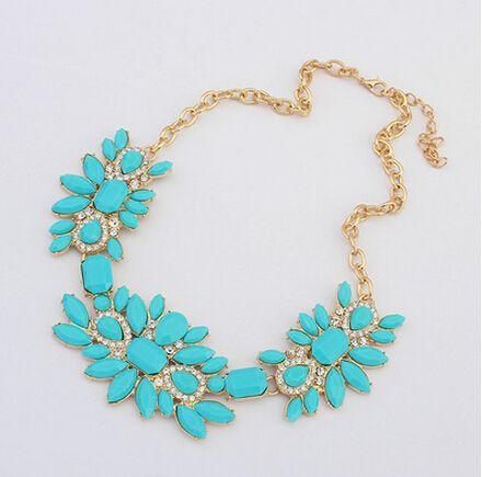 Купить товарЛетний стиль ожерелье Mujer заявление ожерелья и подвески подражали ювелирных камней кольер роковой для женщин аксессуары 2015 в категории Кольена AliExpress.                                                                                                      &