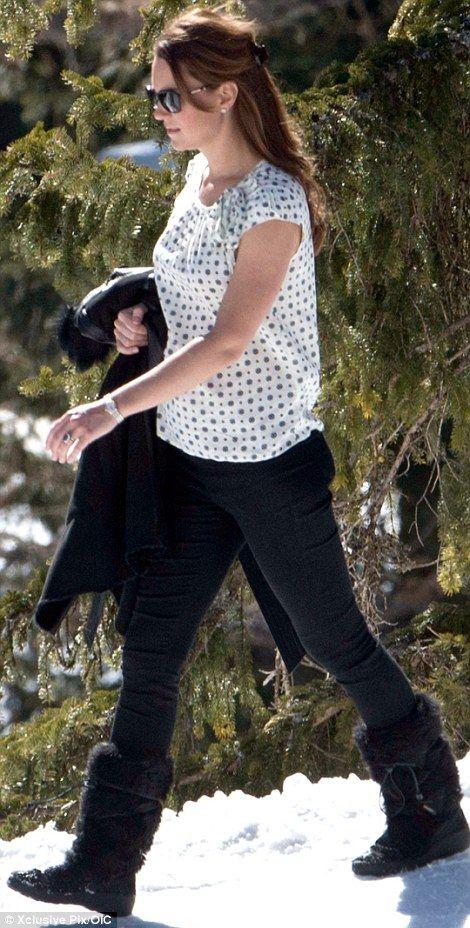 Pregnant Duchess of Cambridge walk in the alps